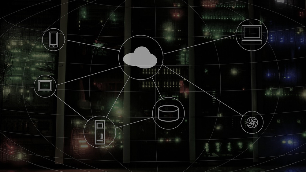 Key considerations in implementing a hybrid cloud management solution